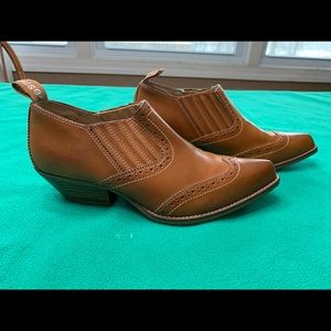 Dollhouse Ankle Boots/Shoes